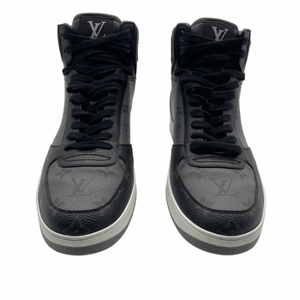 Louis Vuitton Grey/Black Sneaker