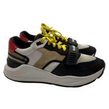 Load image into Gallery viewer, Burberry London Beige Sneakers