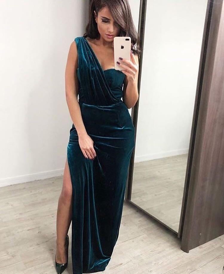 'Sandy' Emerald Velvet Gown
