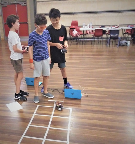 This robot challenge will blow your mind but wait, here is a solution to drive this robot though the maze