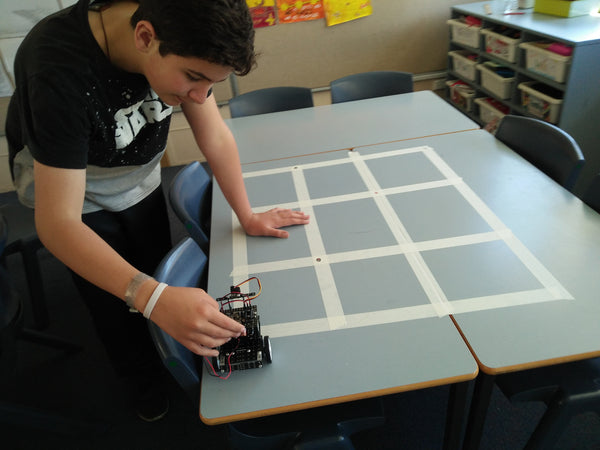 What valuable skills or abilities kids may develop at robotics classes