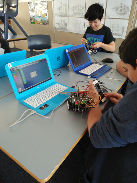 Why robotics works so well when teaching kids to code and computational thinking