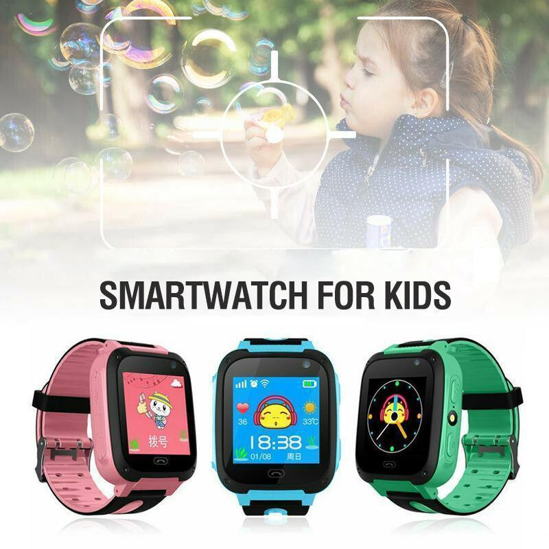 Smart wristwatch with GPS