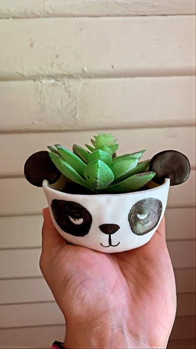 CRITTER PLANTERS