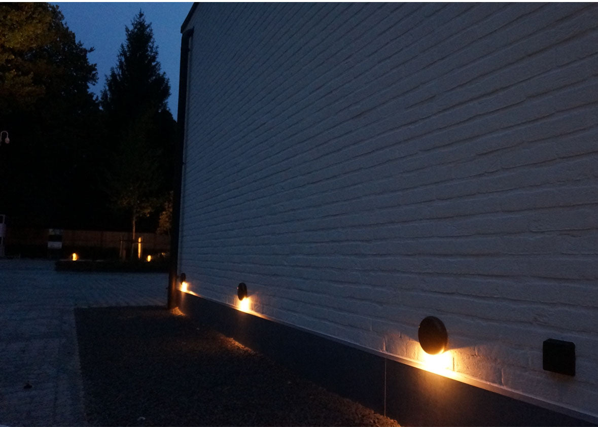 Authentage_galed_outdoor wall ground light_restaurant maison belge