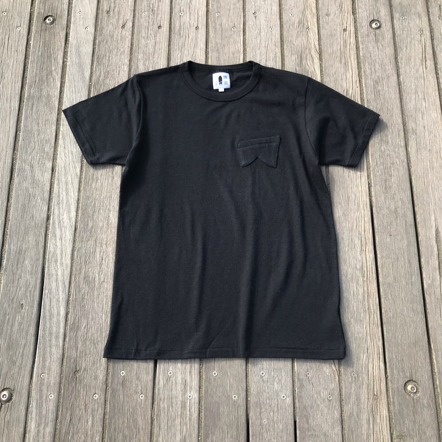 鵠沼Fish Retro-Fish T Black