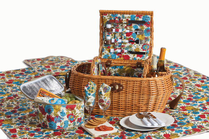Waterloo 2 Person Deluxe Picnic Basket