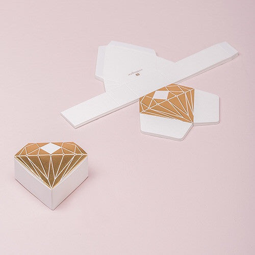 DIAMOND FAVOR BOX WITH METALLIC GOLD OR SILVER (10/pkg) - AyaZay Wedding Shoppe