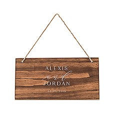 SMALL PERSONALIZED WOODEN WEDDING SIGN - NATURAL - MODERN COUPLE PRINT - AyaZay Wedding Shoppe