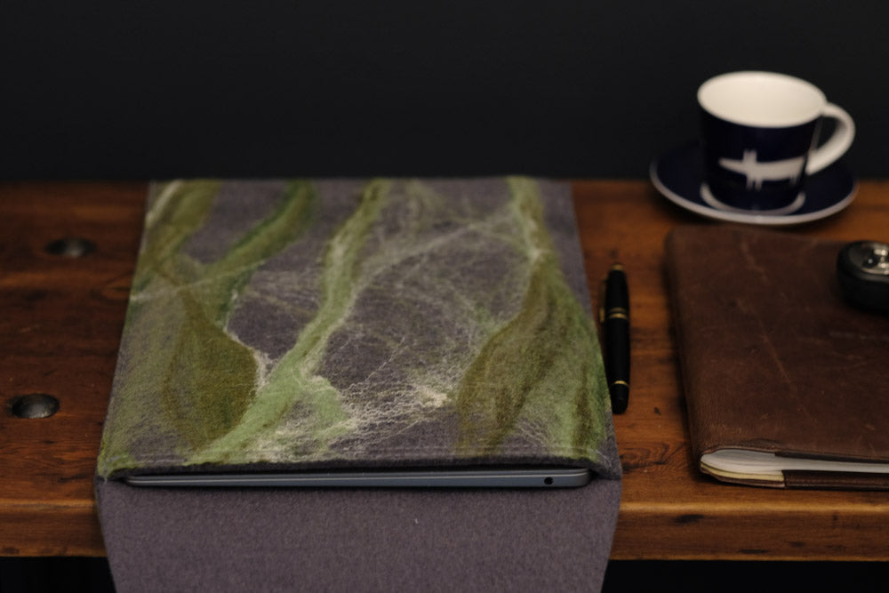 free flowing greens with silk - MacBook