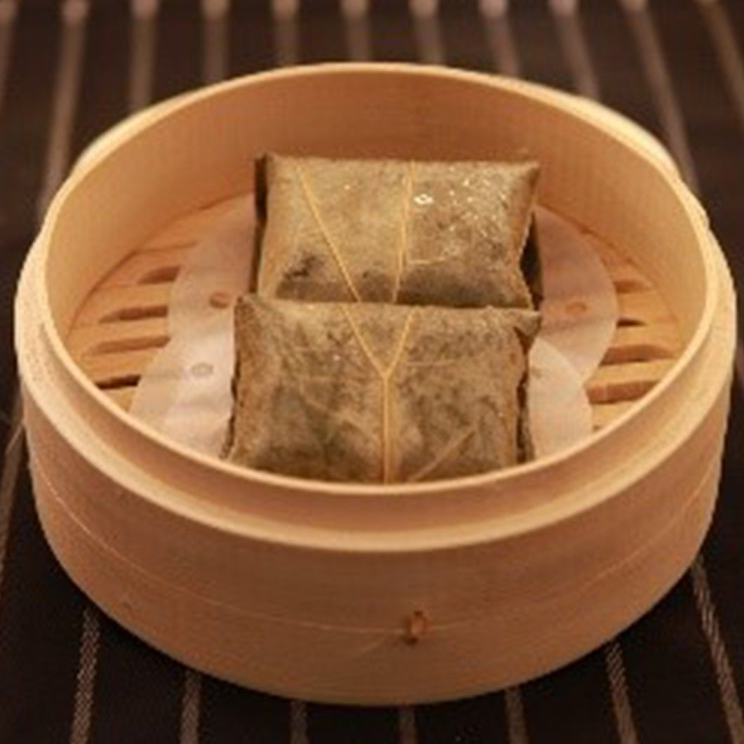 Glutinous Rice With Diced Chicken And Pork Wrapped In Lotus Leaf (2 件/pcs)