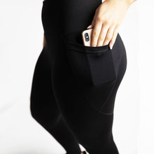 Load image into Gallery viewer, Basic Elevated Petite Leggings in Black