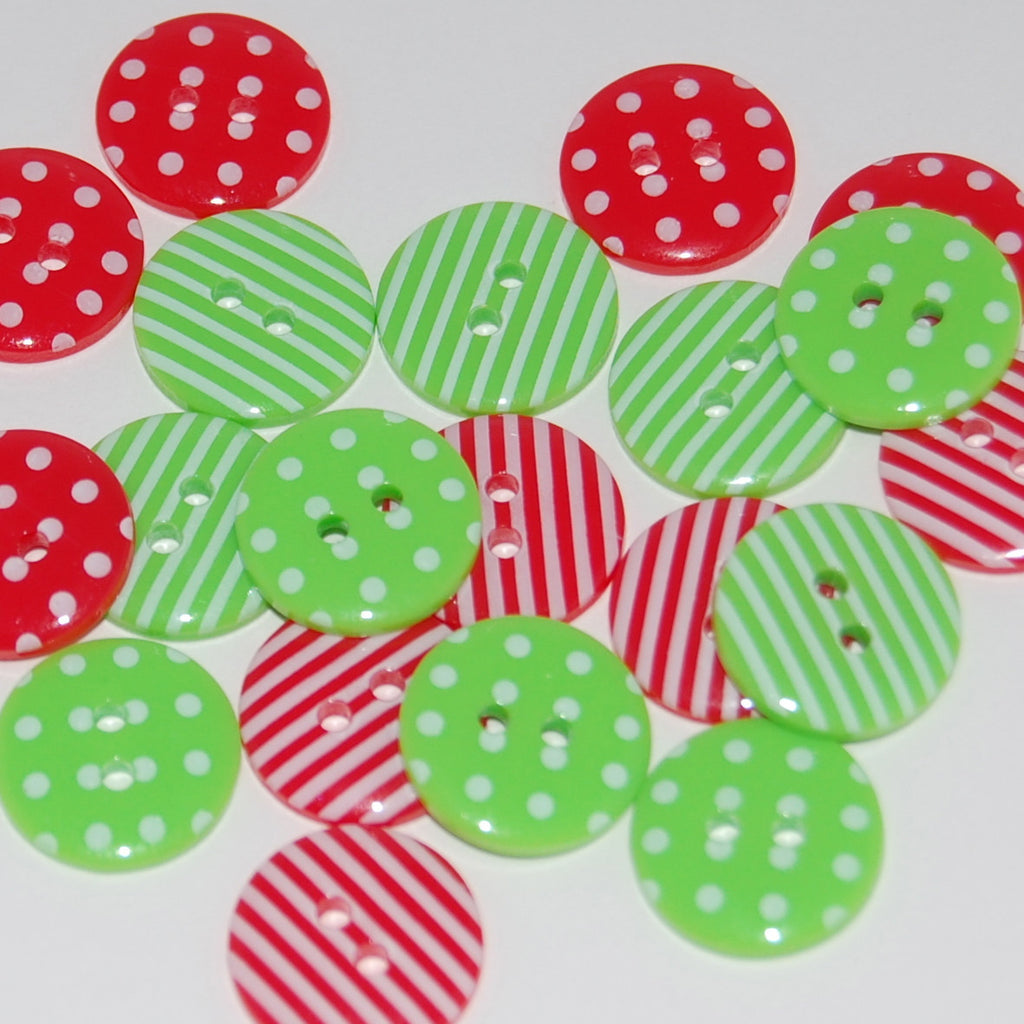 20 Christmas Mix Buttons 15mm