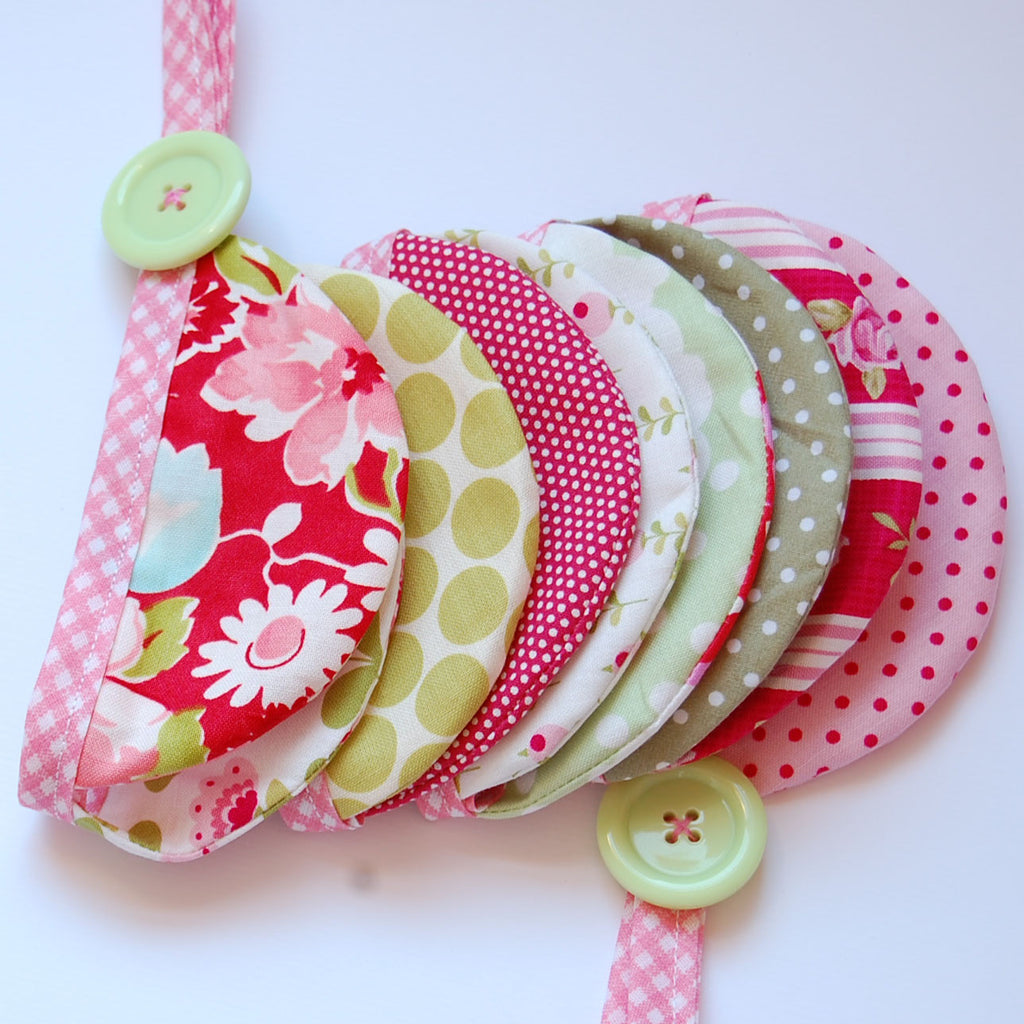Scallop Bunting 1m Cottage