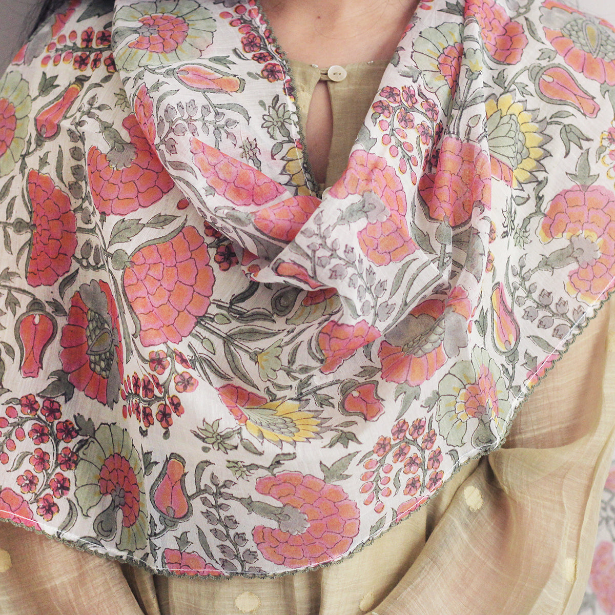 Ivory Floral Stole
