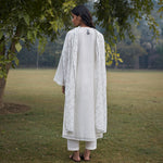 Load image into Gallery viewer, Ivory Madhubani Kurta