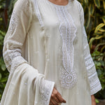 Load image into Gallery viewer, Ivory Zardozi Embroidered Kurta Set