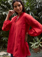 Load image into Gallery viewer, Scarlet Side Pintuck Kurti