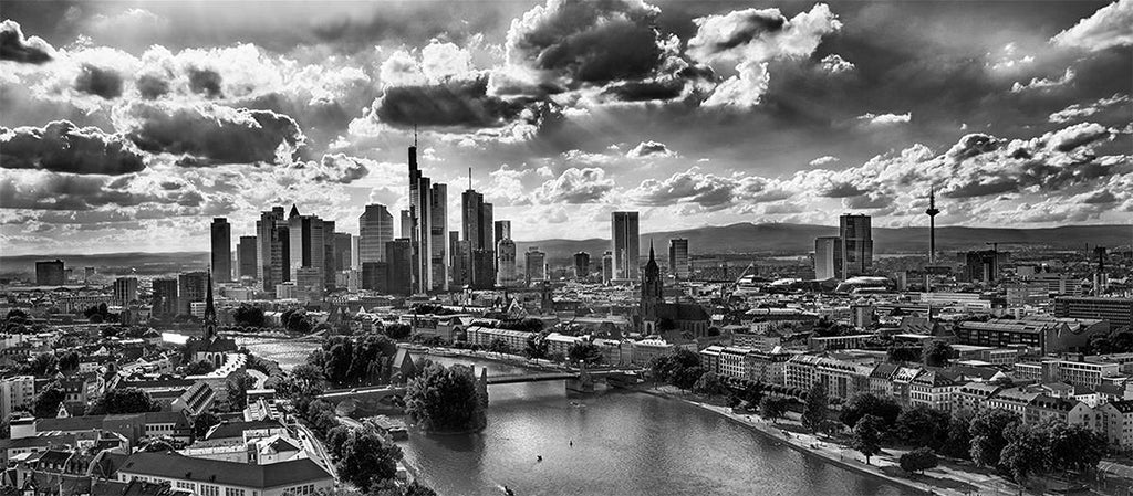 Frankfurt BLACK WHITE 2