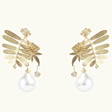 Load image into Gallery viewer, Tropic Pearl Earrings