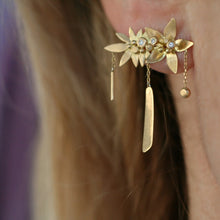 Load image into Gallery viewer, Hummingbird Dream Earring