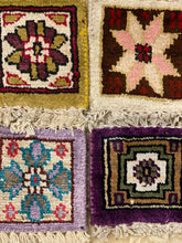 Load image into Gallery viewer, Vintage Rug Coaster Set 2