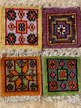 Load image into Gallery viewer, Vintage Rug Coaster Set 3