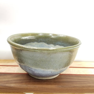 Medium pottery bowl