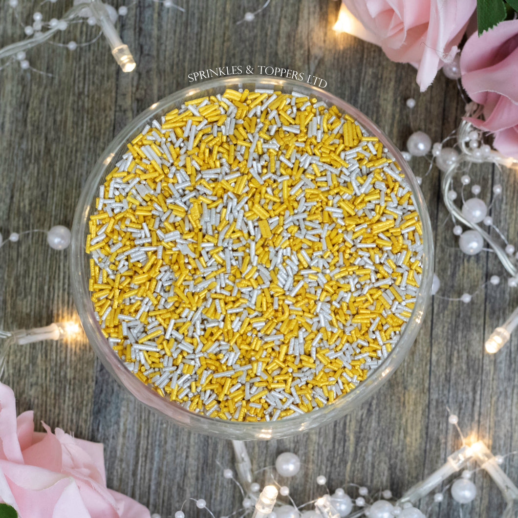Perfect to top any cupcake or to decorate a larger cake, ice creams, smoothies, cookies and more  Lovely glimmer strands with a shiny finish
