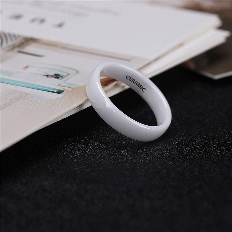 Ullr Oath Ring Smooth White Ceramic Wedding Band
