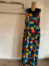 Load image into Gallery viewer, Vintage 1960's muumuu dress