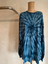 Load image into Gallery viewer, Vintage Tie dye oversized top
