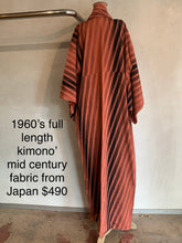 Load image into Gallery viewer, Vintage 1960's Kimono mid century