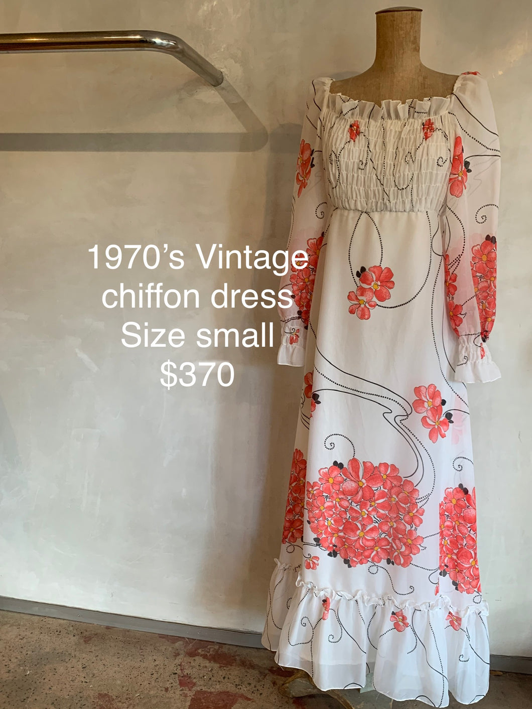 Vintage 1970's chiffon dress