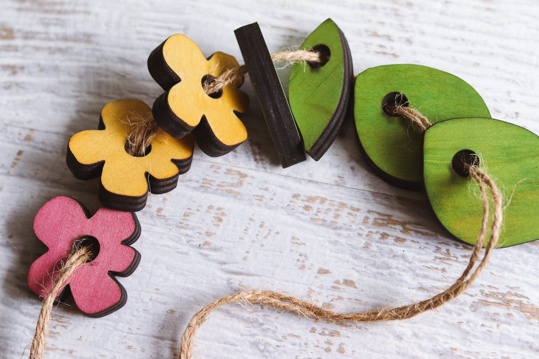 Leaves and Flowers Threading Set