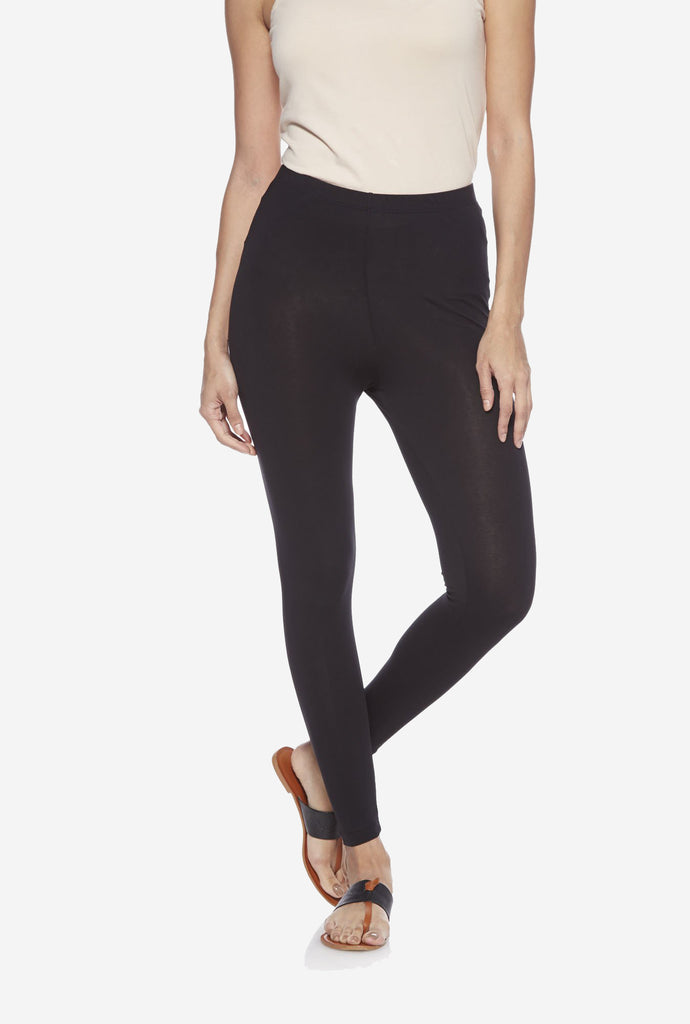 Utsa Black Cropped Leggings