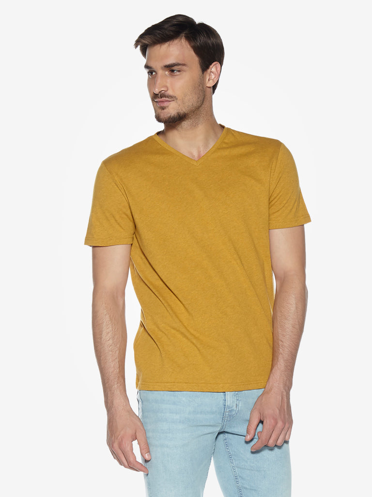 WES Casuals Mustard Melange Slim Fit T-Shirt