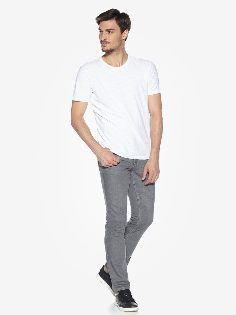 WES Casuals White Slim Fit Crewneck T-Shirt