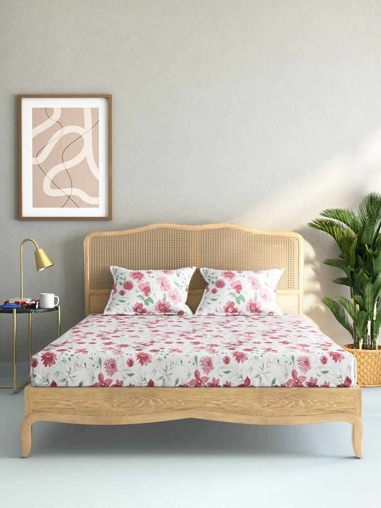 Westside Home Pink Floral King Bedsheet With Two Pillowcases