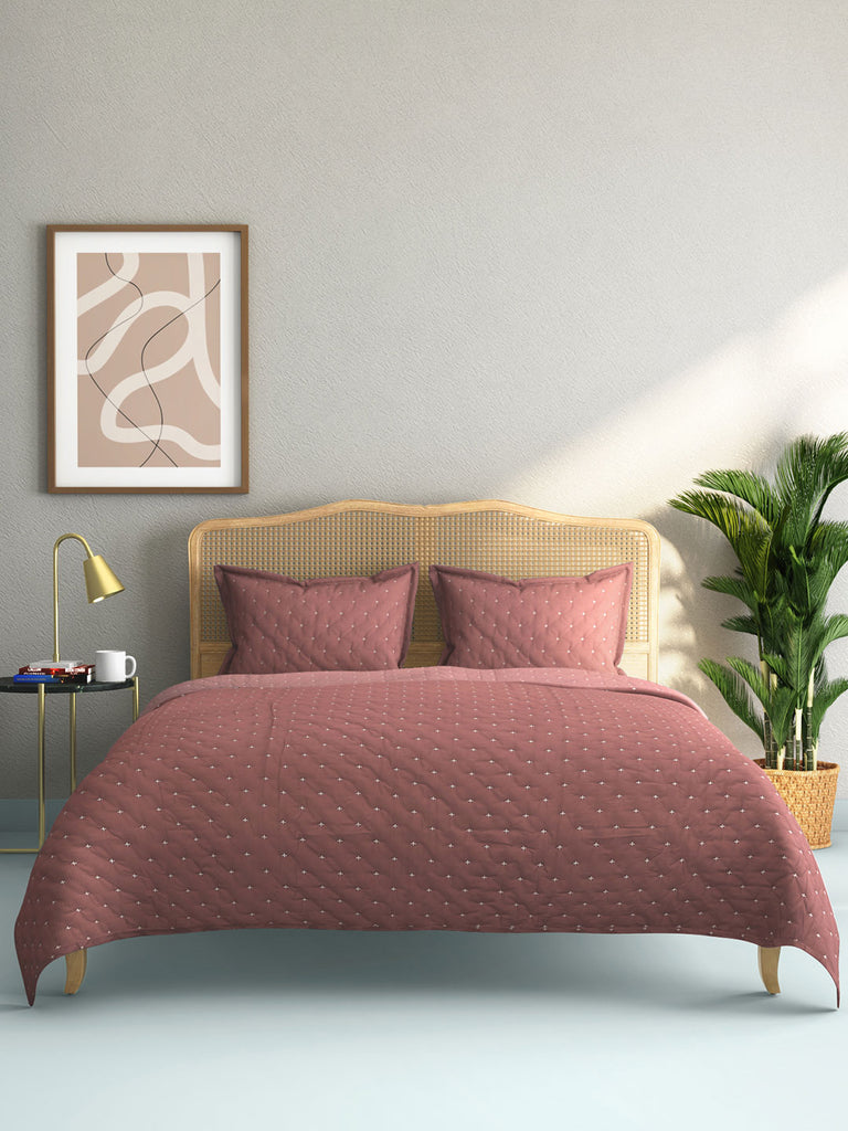 Westside Home Pink Embroidered Quilted Double Bedcover With Pillowcases