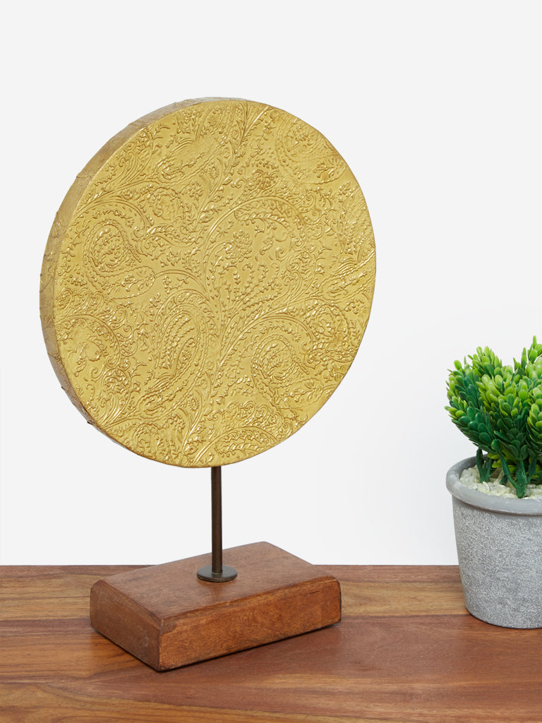 Westside Home Gold Metal Disc Stand Decor