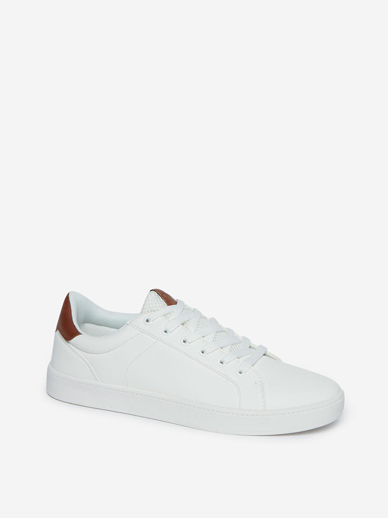 SOLEPLAY White Mesh Pattern Sneakers