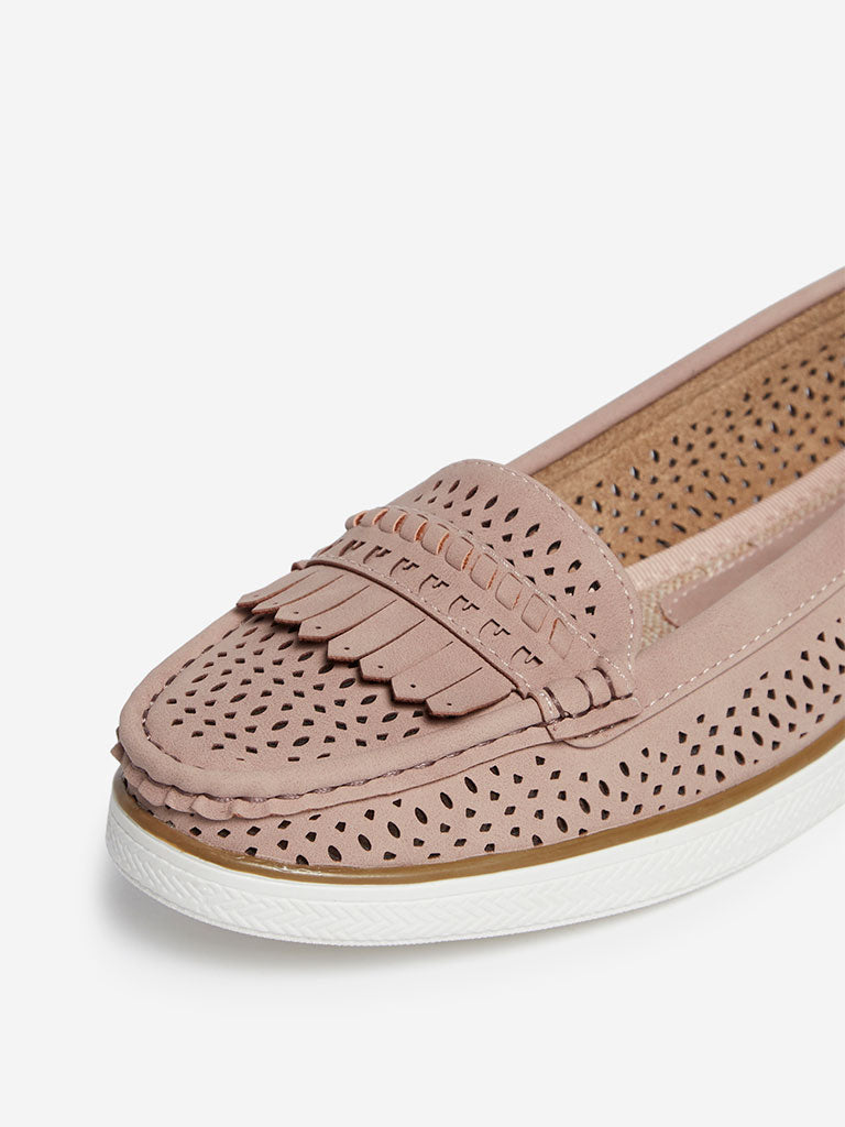 LUNA BLU Dusty Pink Laser-Cut Loafers
