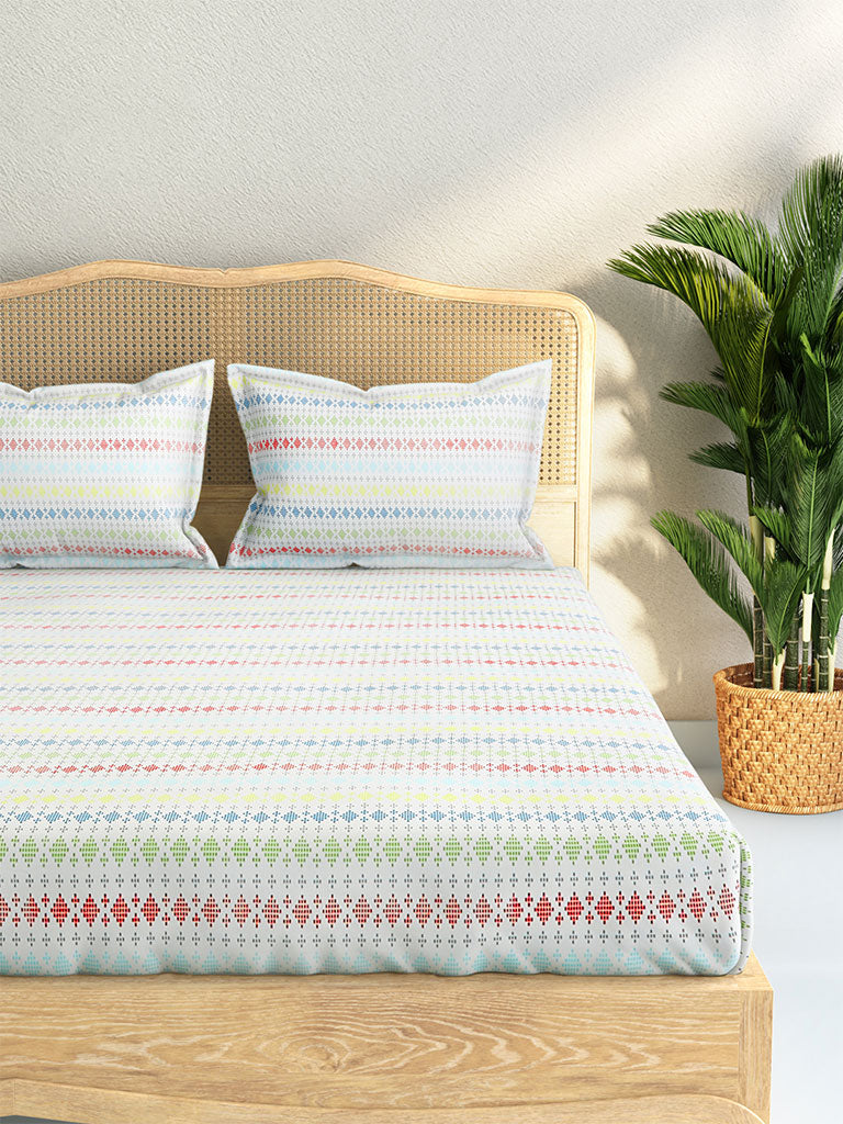 Westside Home Multicolour Diamond Design Cotton Rich Double Bedsheet With Two Pillowcases Set