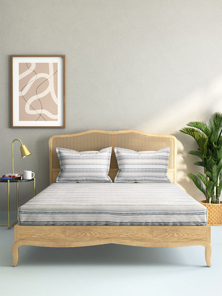 Westside Home Blue Geometrical Design Cotton Rich King Bedsheet With Two Pillowcases Set