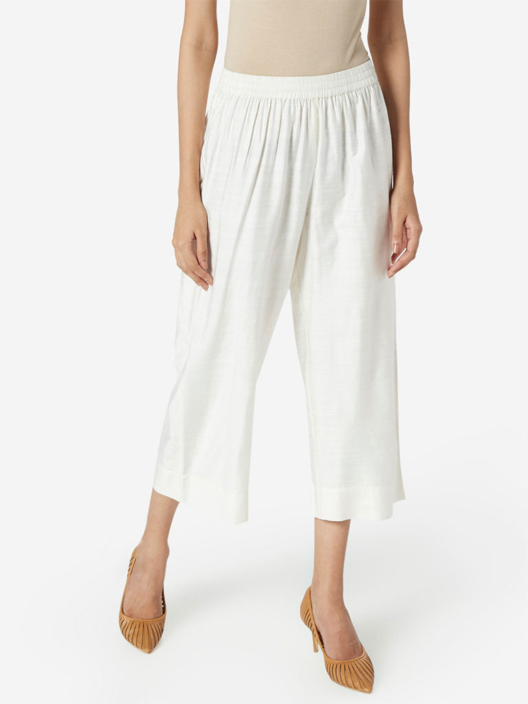 Zuba Off White Slim Fit Cropped Palazzos