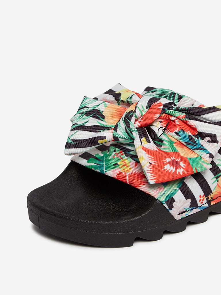 LUNA BLU Black Floral Bow Pattern Slides