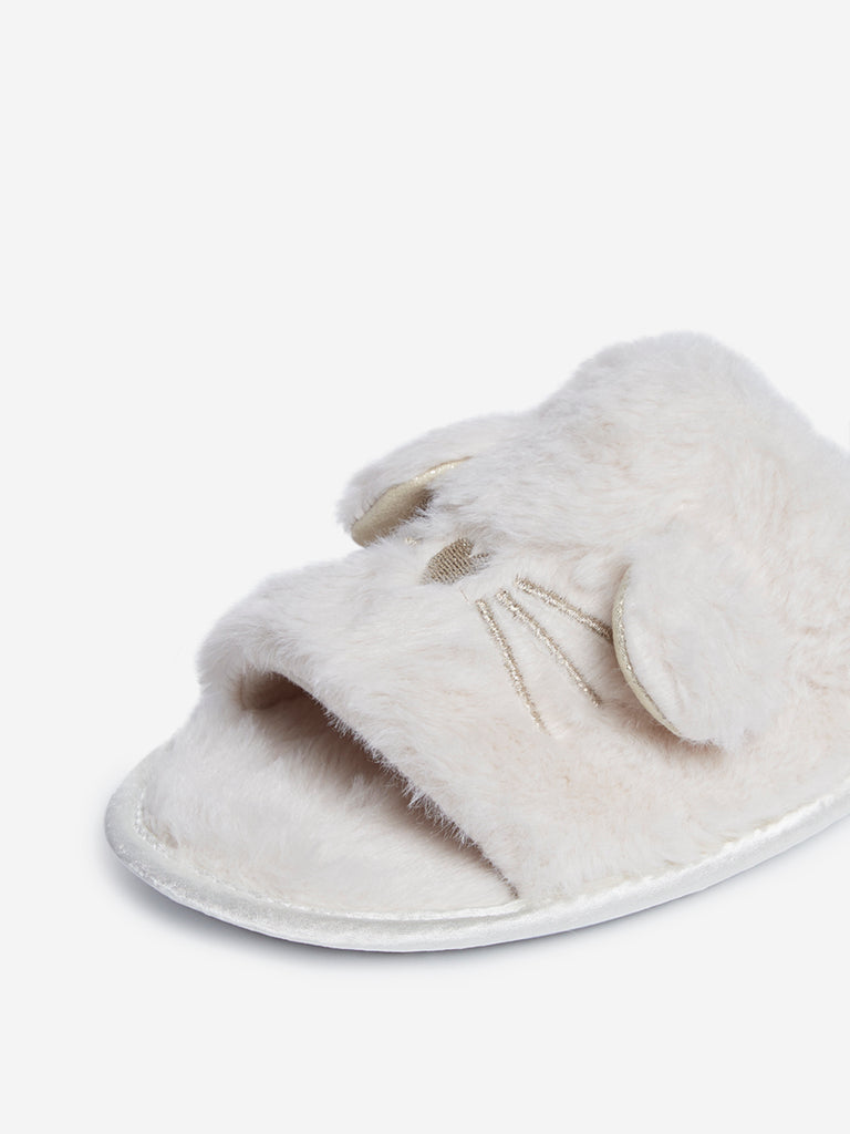 LUNA BLU Off-White Faux-Fur Bedroom Slippers