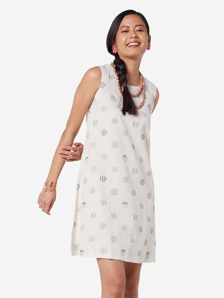 Bombay Paisley Off White Printed Shift Dress