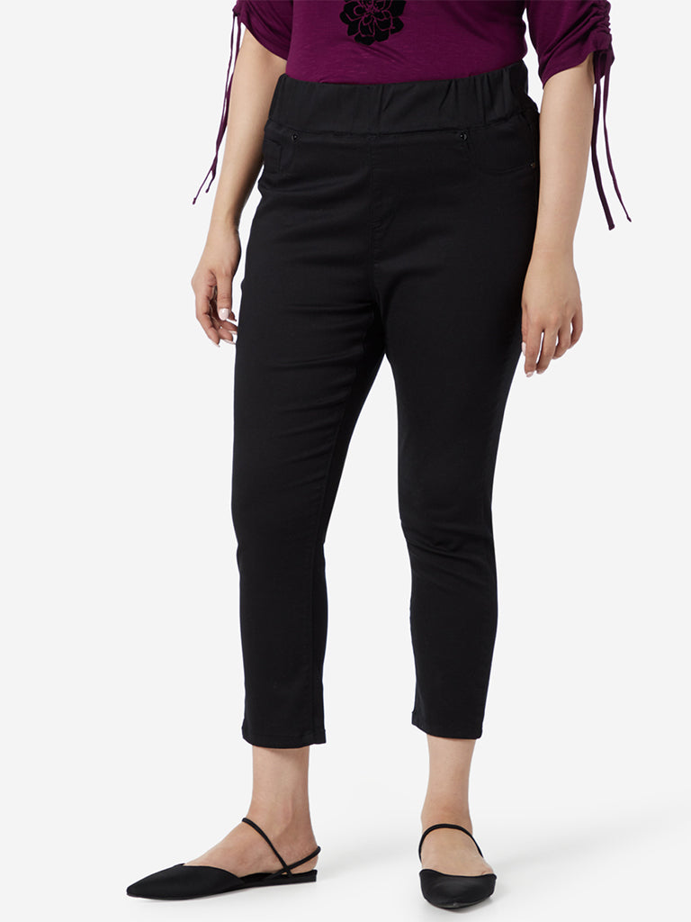 Gia Curve Black Cropped Jeans
